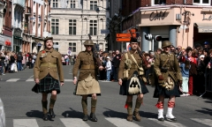 """Marching in the 90th aniv. of """"Vimy Ridge"""""""